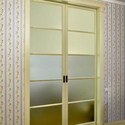 sliding doors 26